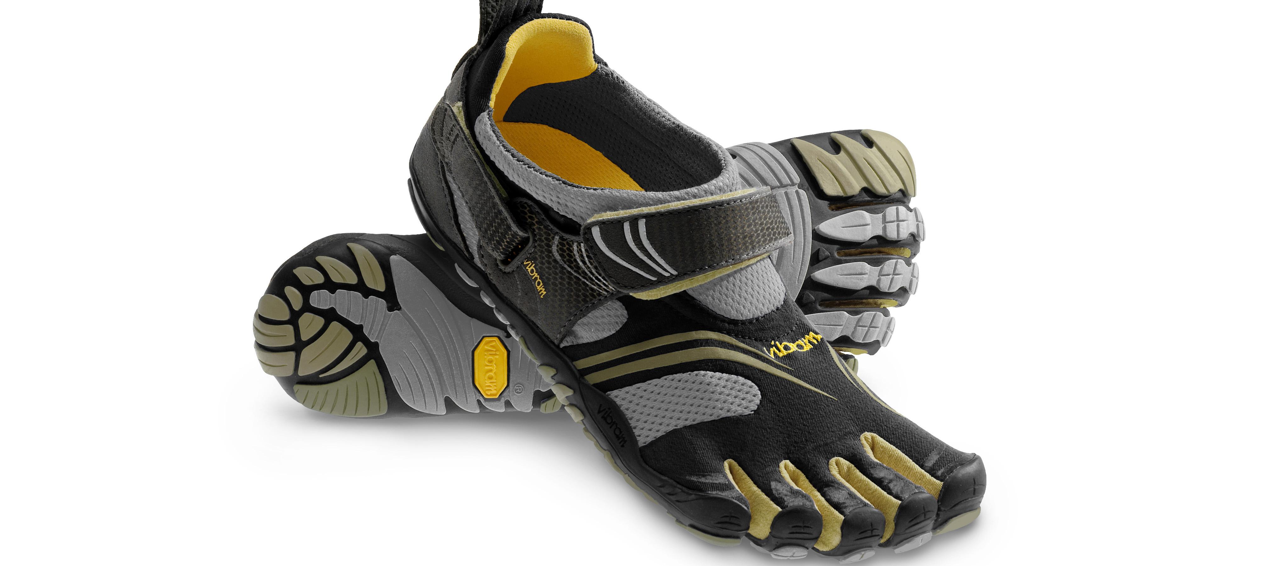 Komodo-Sport-W3681-hero-black-gold-grey-barefoot-minimalist-natural-crossfit-running-shoes